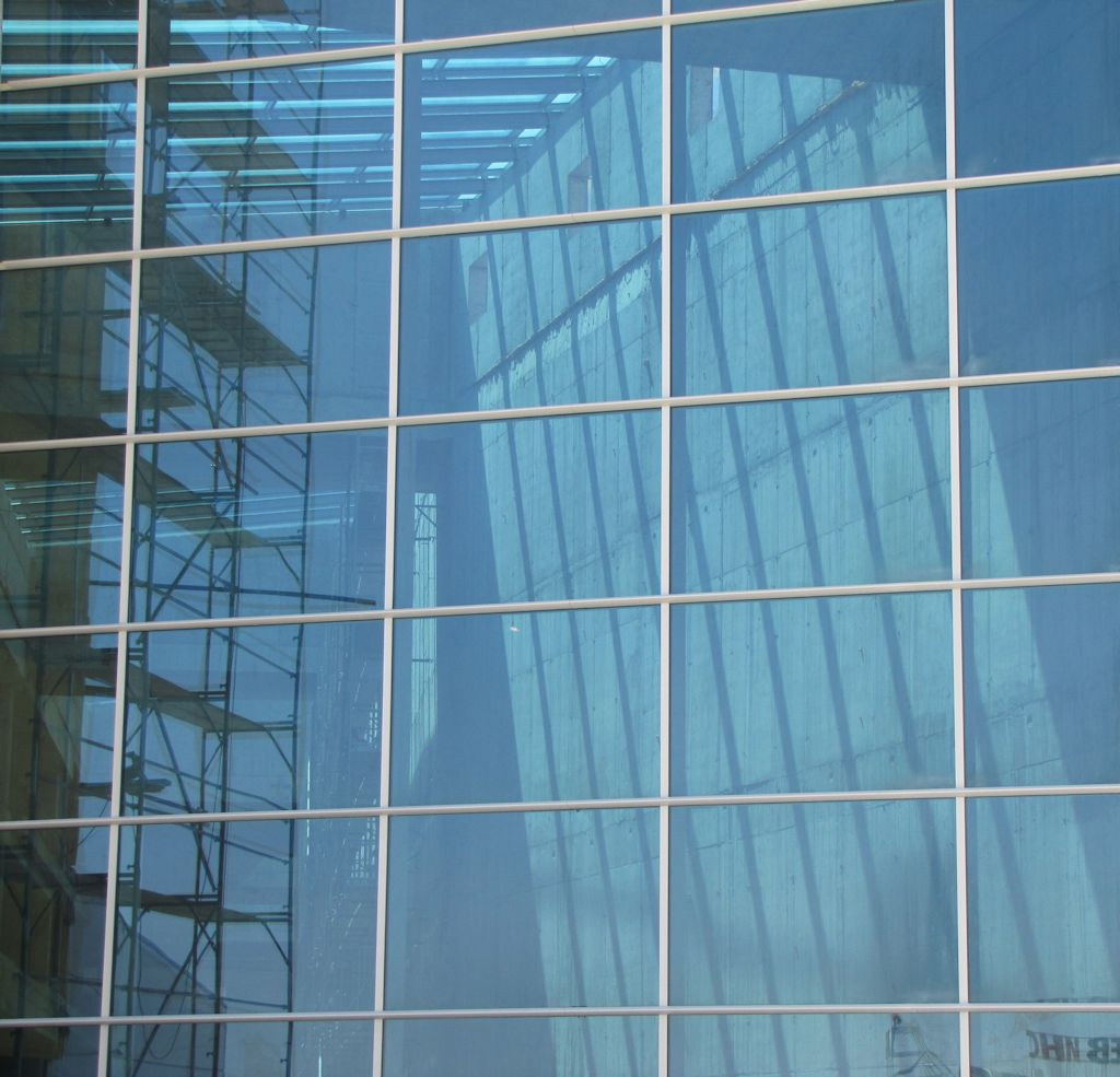 hanging_glass_facades5